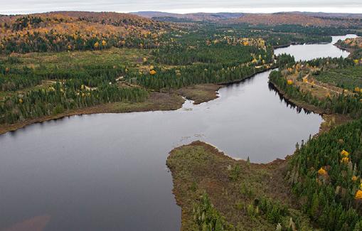 Bourg des Lacs Pioui